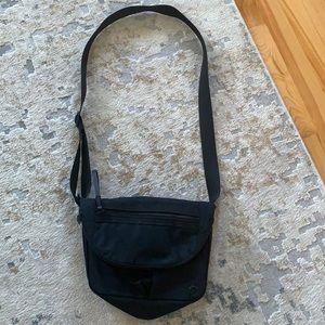 Beautiful Crossbody Lululemon bag